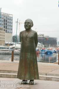 capetown-waterfront-statues-7