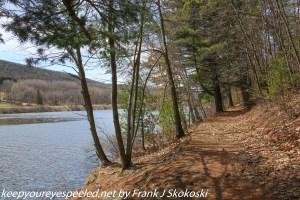 trail along lake