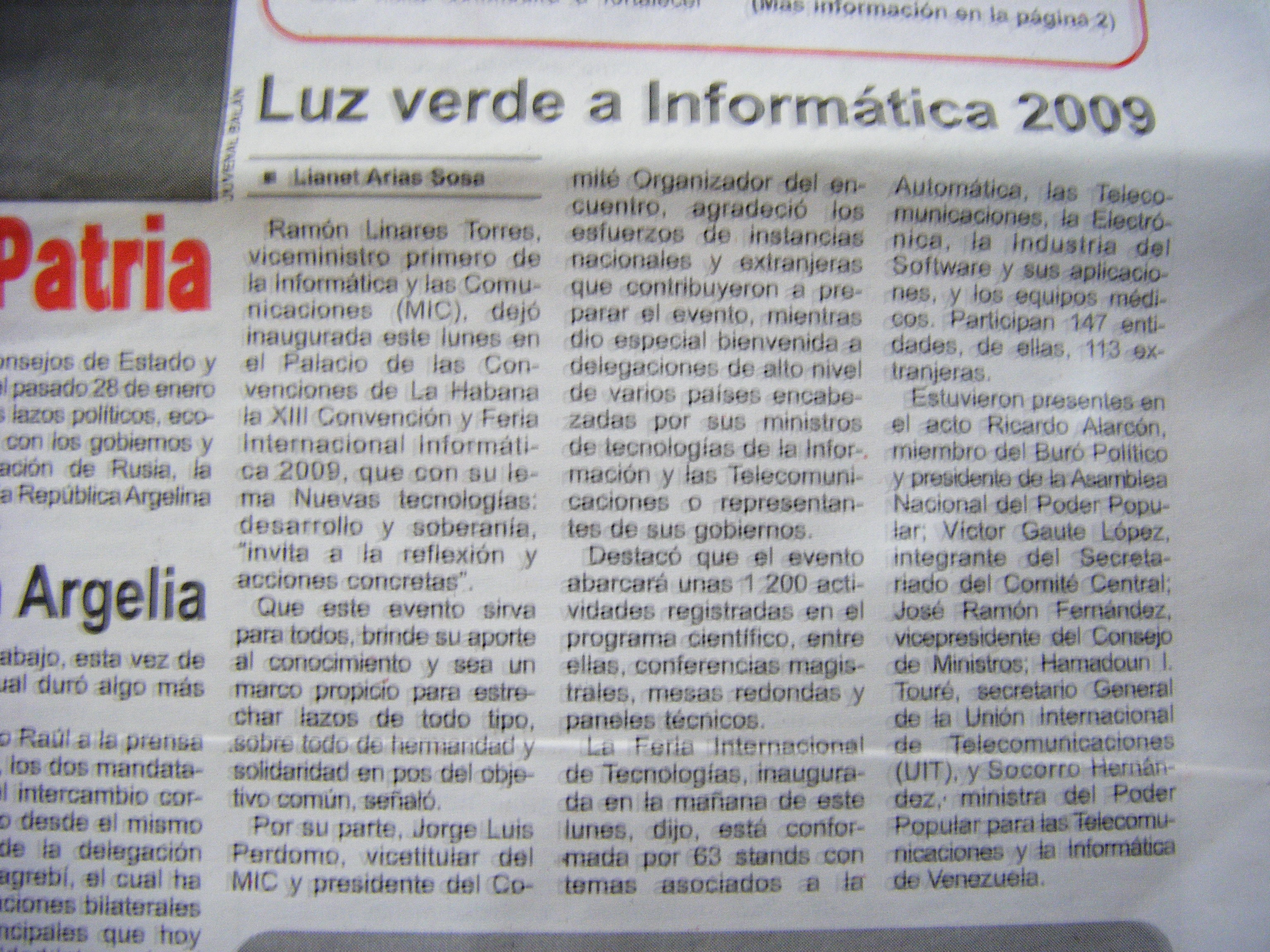 photo of the article on the front page of the Granma, about the opening of Informatica 2009