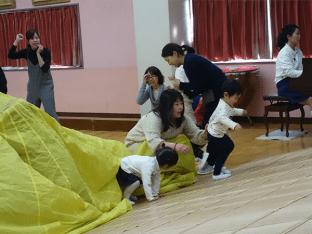 1歳児の親子教室の発表