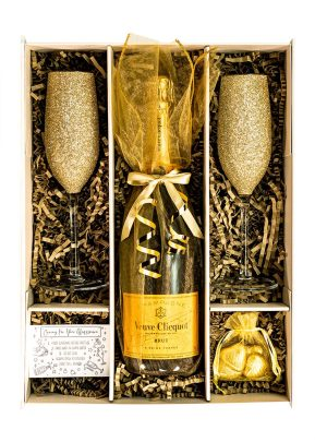 Veuve Clicquot | 75cl | Gold | Sparkleware Gift Set | Keico Drinks
