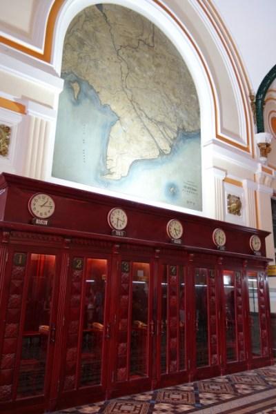 サイゴン中央郵便局内部