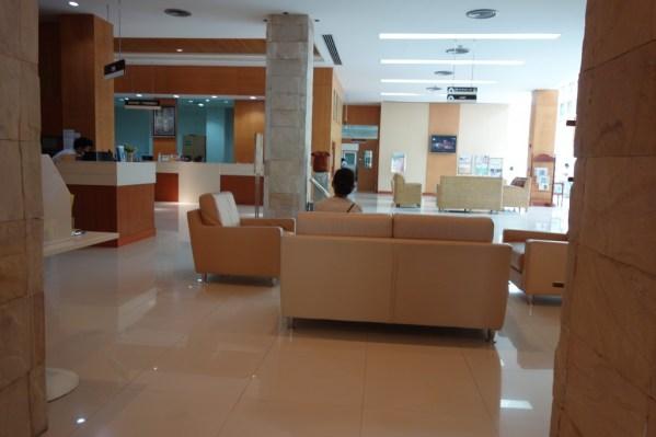 シェムリアップ病院内部