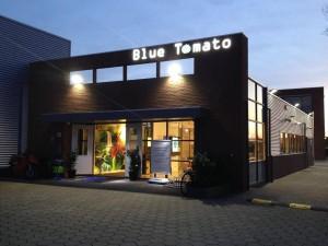 mit freundlicher Genehmigung des Blue Tomato