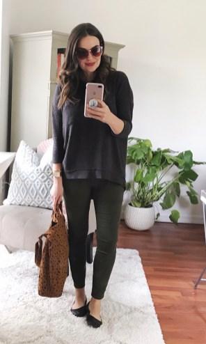 MONDAY :: m.marie sweatshirt + LOFT sateen leggings + BAGGU canvas tote + leather ballet flats