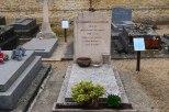 KM's grave