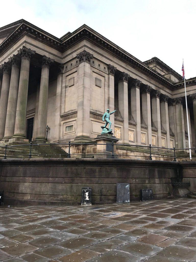 Pomnik w Liverpool
