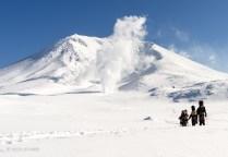 Hiking on Hokkaido's highest peak and an active Volcano, Mt Asahidake