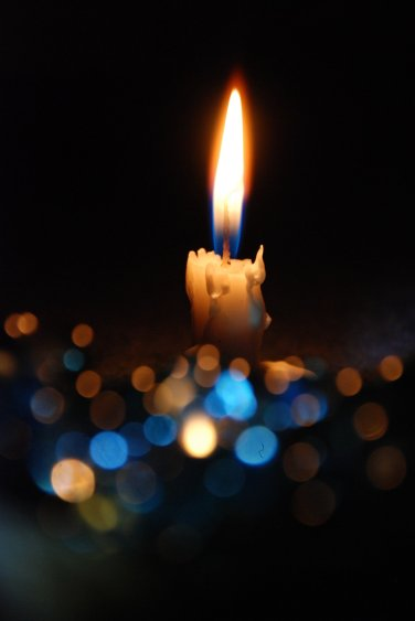 Bokeh with Candle - by M3los93 Deviantart