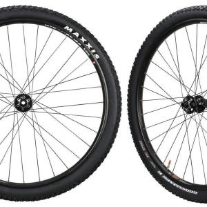 CyclingDeal WTB Mountain Bike Tubeless 29er Wheelset
