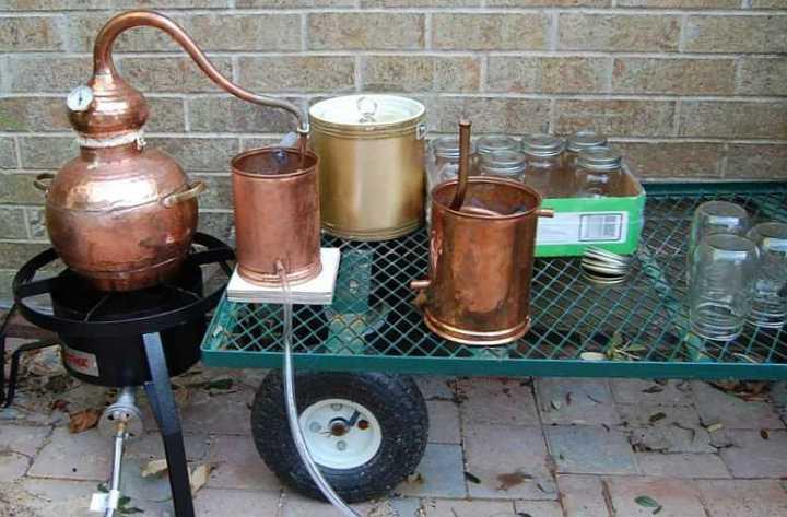 spirit essences, spirit essence, home distilling, liqueur essences, liquid smoke, oak chips
