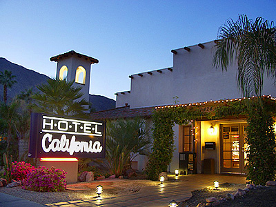 https://i0.wp.com/keithlovesmovies.com/wp-content/uploads/2015/09/hotel.jpg?resize=400%2C300&ssl=1