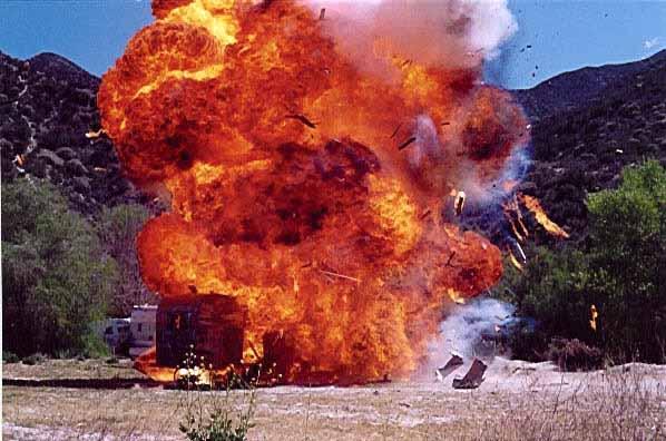 https://i0.wp.com/keithlovesmovies.com/wp-content/uploads/2016/01/trailer-explosion.jpg?resize=598%2C396&ssl=1