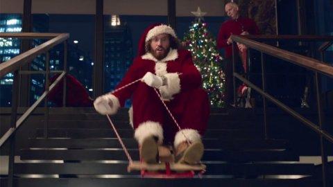 https://i0.wp.com/keithlovesmovies.com/wp-content/uploads/2016/12/office_christmas_party_.jpg?resize=480%2C270&ssl=1