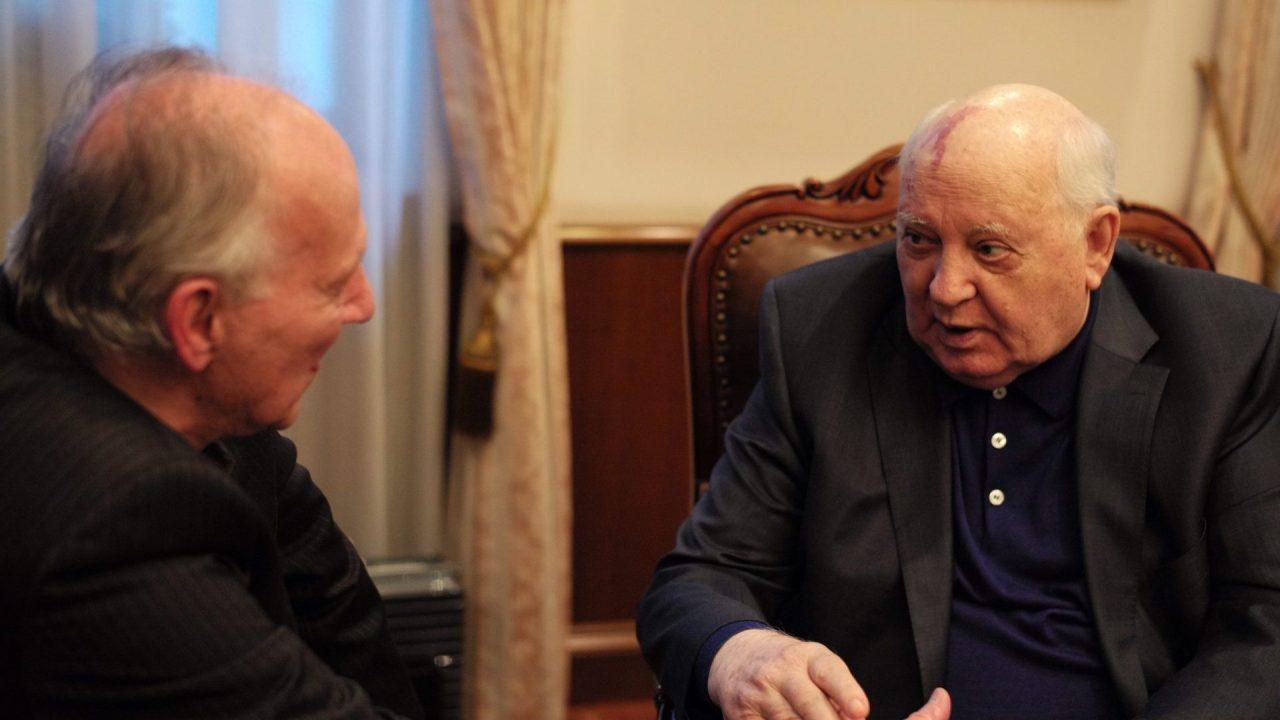 https://i0.wp.com/keithlovesmovies.com/wp-content/uploads/2019/05/5.-Meeting-Gorbachev-L-to-R-Werner-Herzog-and-Mikhail-Gorbachev.jpg?resize=1280%2C720&ssl=1
