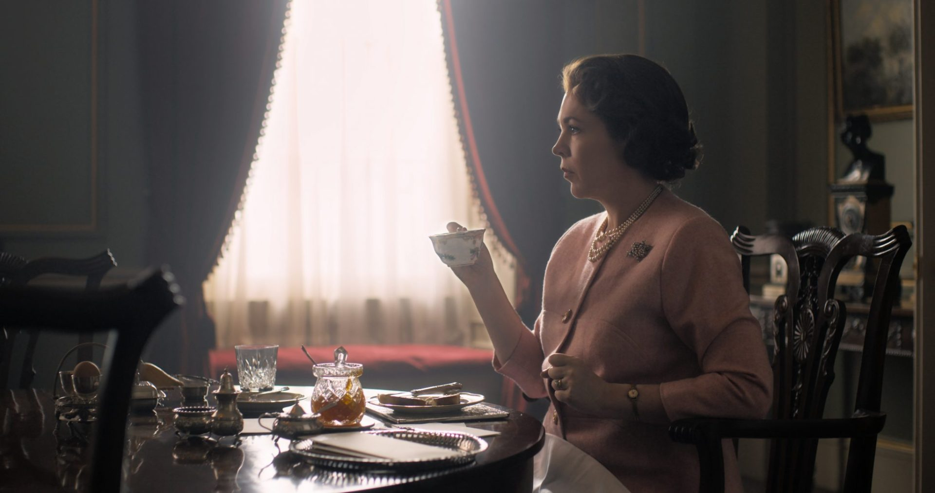 Netflix's The Crown Season 3 Featurette