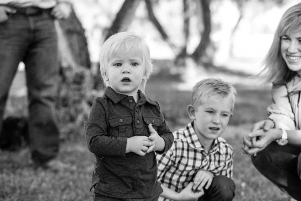 black and white family portraits outdoor phoenix kids children family photos