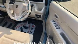 新型ワゴンR 運転席収納