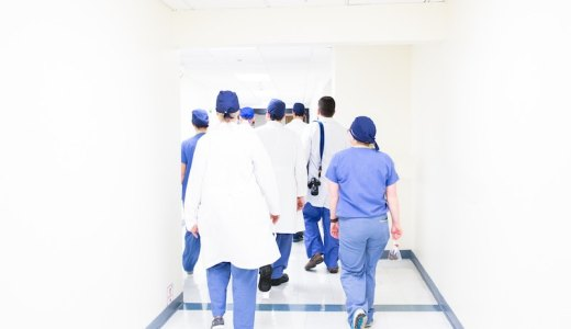 医師の感想&ネタバレ解説|「がん消滅の罠 完全寛解の謎」のトリックはリアル?