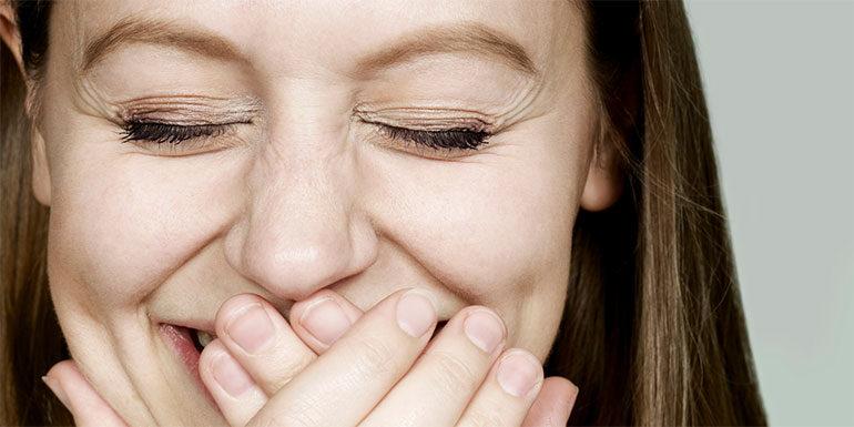 15 Cara Wanita Menarik Pria via Chatting