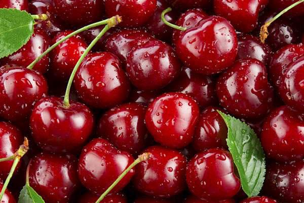 cherry_dark_red_cerise_noir_delivery_lebanon