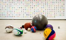 Martin Creed, 'Work 1626', in 'What's the point of it?' at Hayward Gallery, Southbank, London. Image courtesy The Telegraph. Photo credit Linda Nylind.