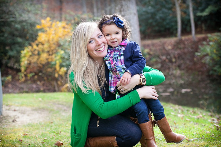Kelly Green and Navy for Family Portraits