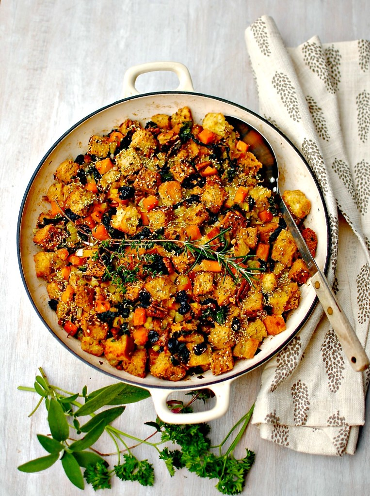 squash and kale dressing (stuffing) // food to glow