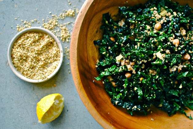 kale-quinoa-chickpea-salad
