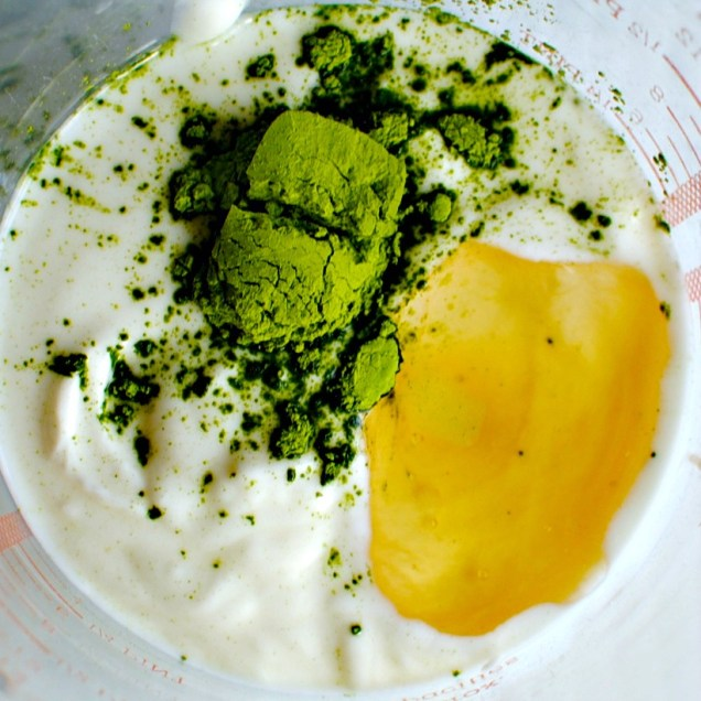 matcha green tea yogurt breakfast bowl