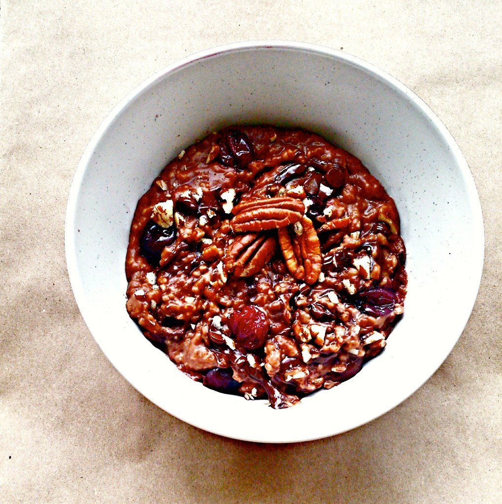 chocolate-porridge-oatmeal-food-to-glow