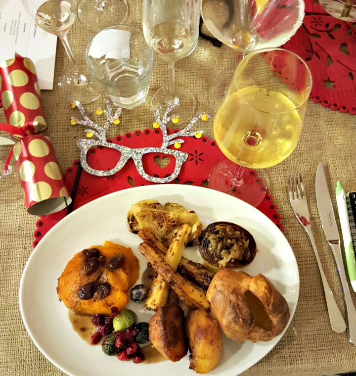 My plate BEFORE adding all of the trimmings! Waitrose #MakesChristmas
