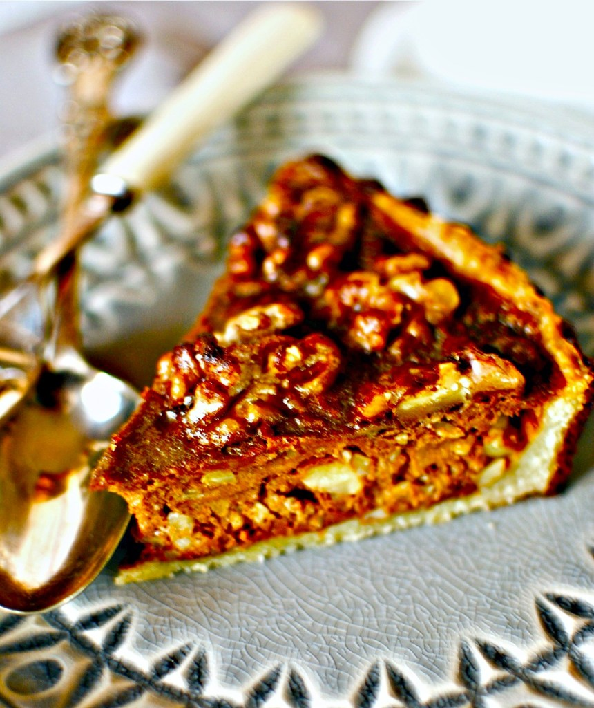 This pie is dedicated to those of you who – like me – don't really like pumpkin pie.