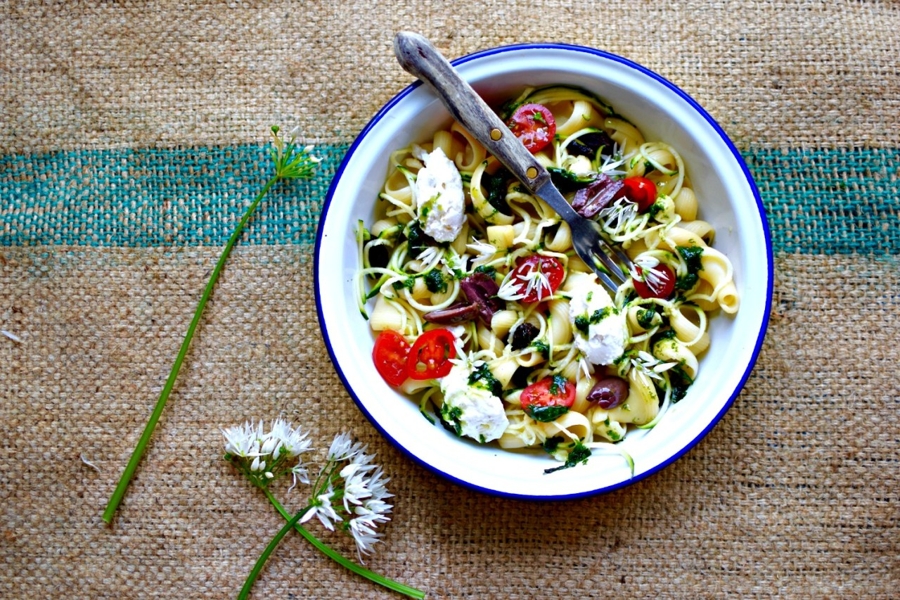 asparagus-tomato-preserved-lemon-ricotta-pasta5.jpg