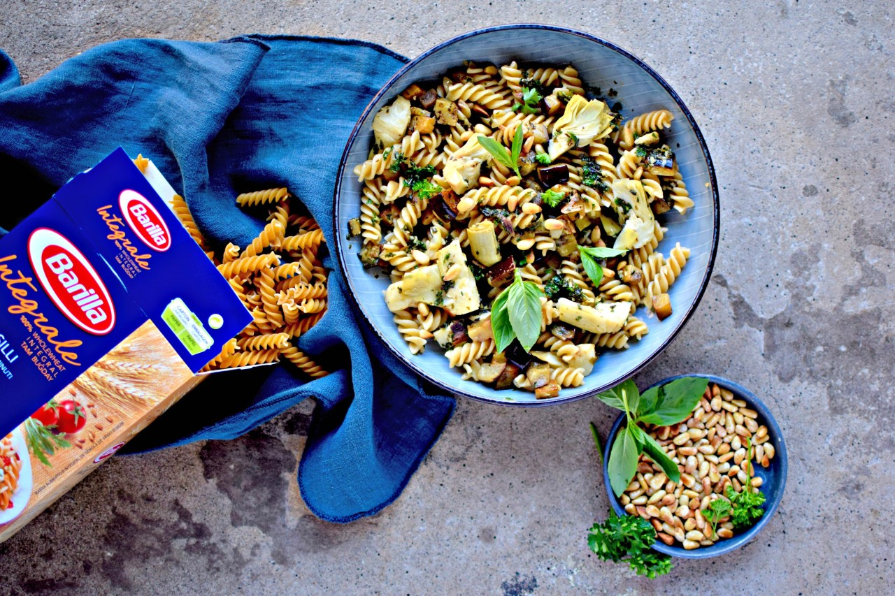 Weeknight pasta meals don't have to mean reaching for a sauce jar. Or a boil-in-bag pouch. Or even - God forbid - a lurid powder. With a few fresh and a few store cupboard ingredients, you and your family can quickly be tucking into a slippery, savoury pile of pasta studded with this season's must-have vegetable, the aubergine.