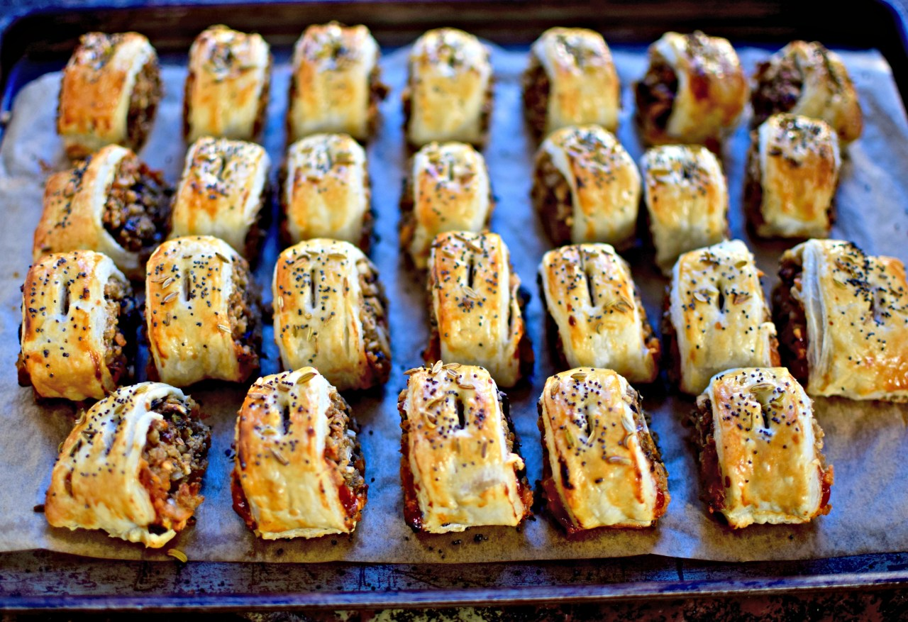 Enjoy these spiced vegetarian haggis sausage rolls at your Bonfire Night party, or other outdoor autumn/winter gathering. Wrap the pastries in a double layer of foil to keep warm. And don't forget the firecracker sauce!