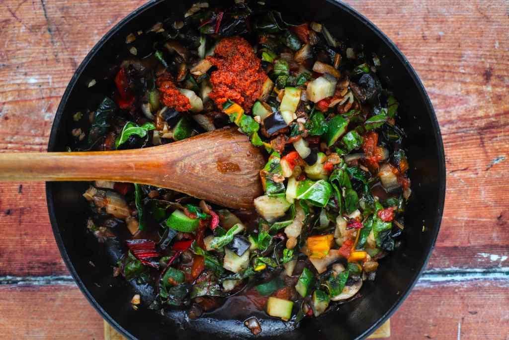 Eggplant parmesan tortellini #soup for an #easy #family #dinner. #eggplantparmesan