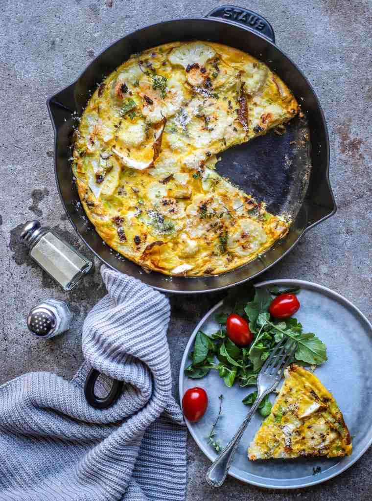 baked chipotle cauliflower frittata in skillet for a healthy dinner
