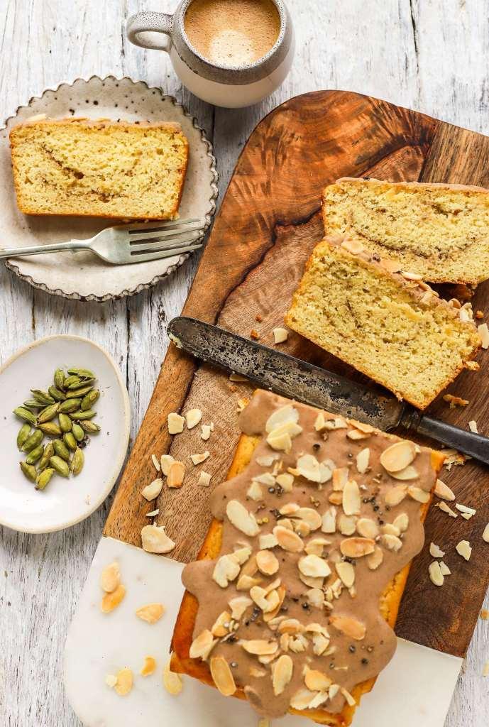 swedish coffeeshop cardamom bun cake