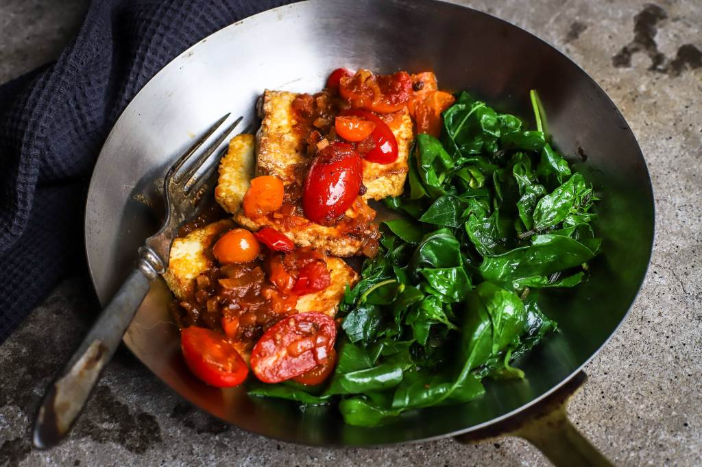 Sichuan tofu dish with tomatoes