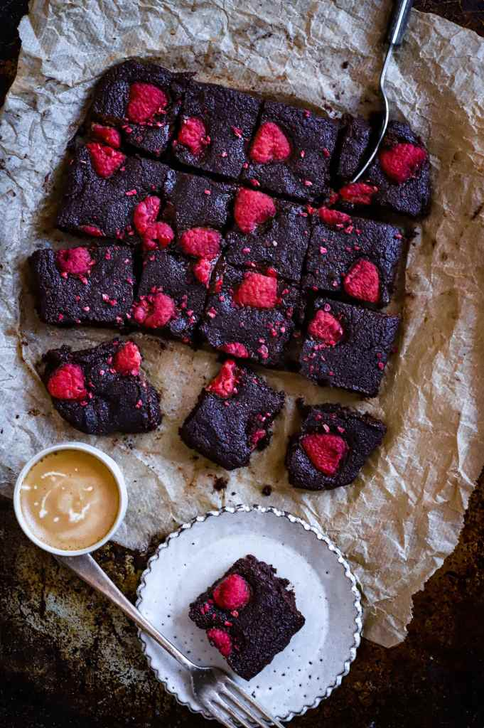Fudgy low-carb raspberry brownies