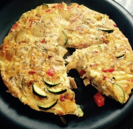 Frittata. Recipe here: https://kellsslimmingworldadventure.wordpress.com/2015/05/27/recipe-frittata/