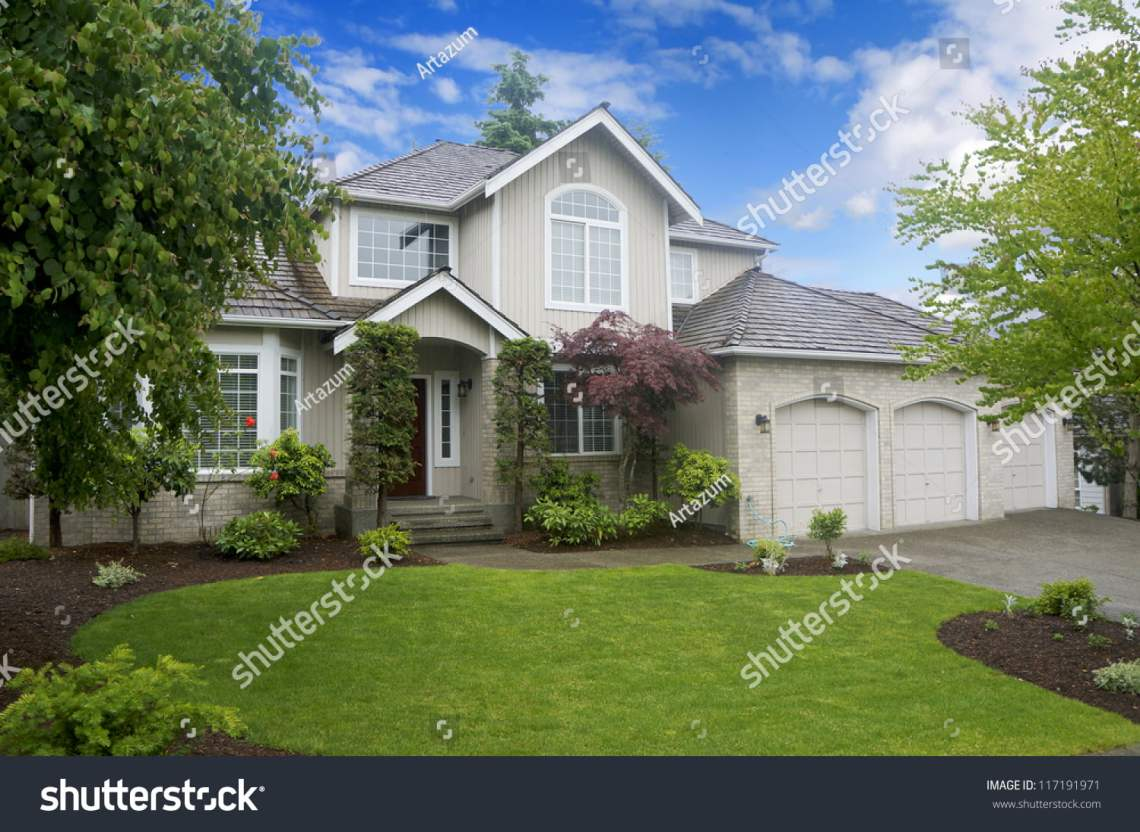 American Garage Home - stock-photo-large-classic-american-house-with-three-car-garage-117191971_Fantastic American Garage Home - stock-photo-large-classic-american-house-with-three-car-garage-117191971  Pic_186017.jpg