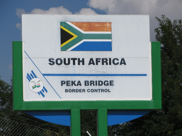 Peka Bridge Border Control