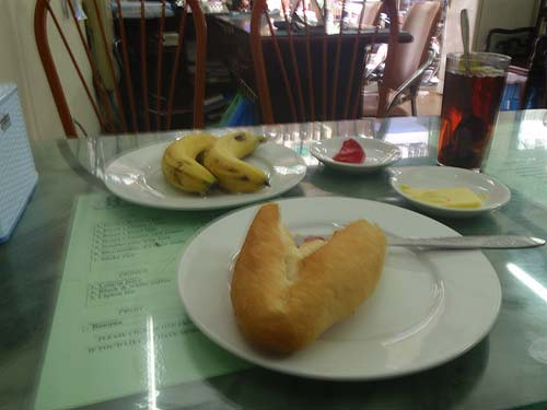 Breakfast at the Camellia Hotel