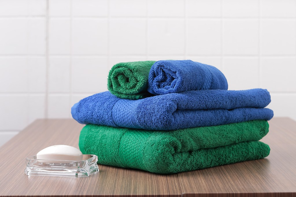 Canadian-Bath-Towels
