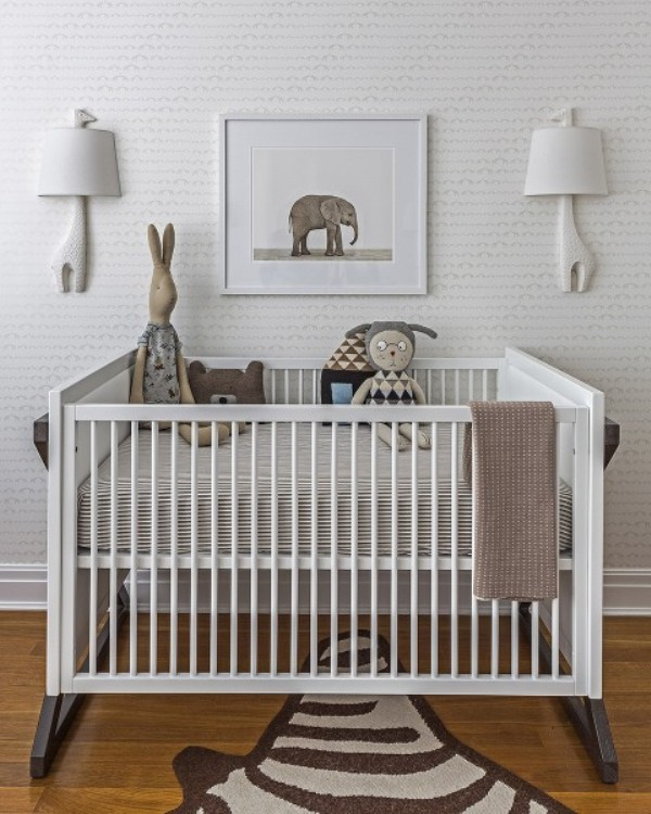 all-white-modern-and-subtle-baby-boys-nursery-design-to-get-inspired-3