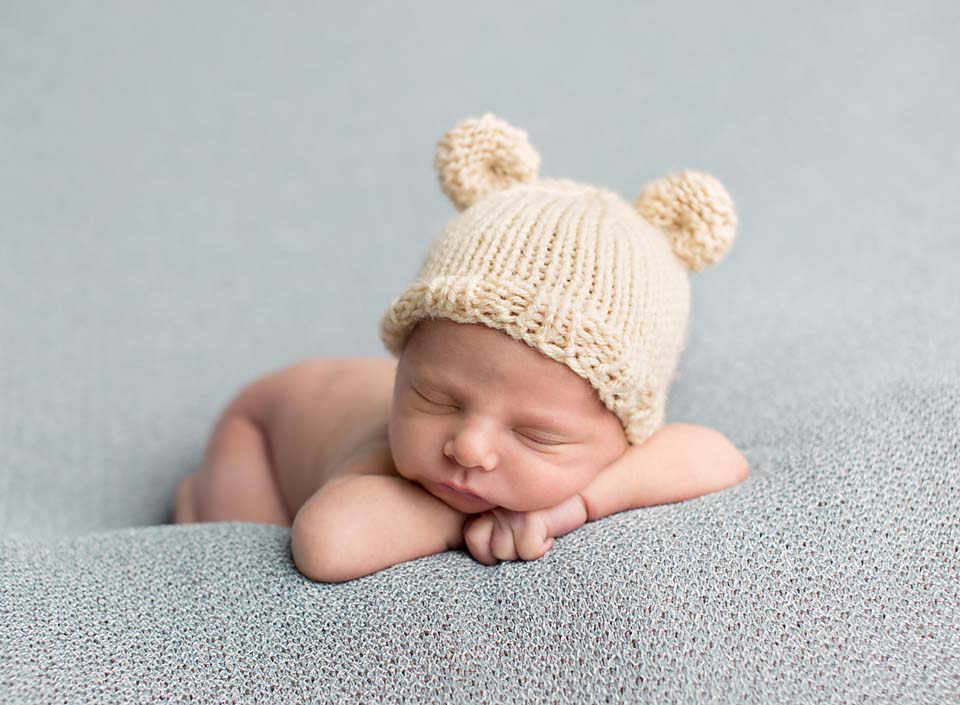 Georgina Ontario Professional Newborn Photographer