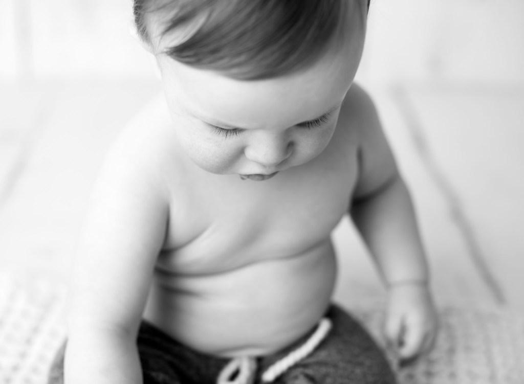 Baby mini photo sessions in Keswick Ontario