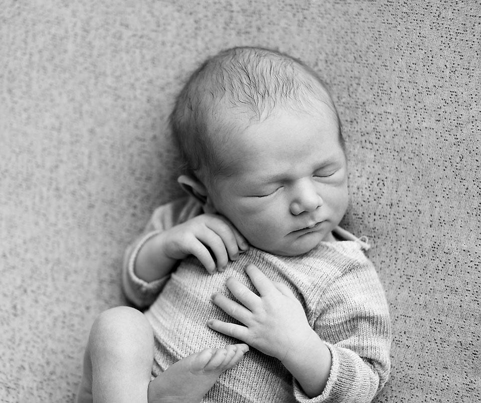 The best newborn photoshoot experience